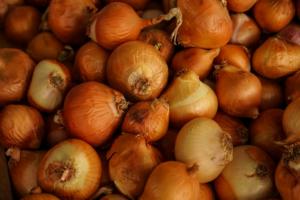 Amazing Health Benefits Of Onion Peels For Women
